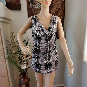Snakeskin print long sleeveless blouse